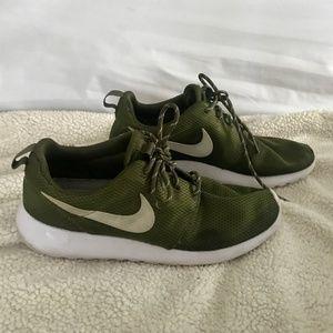 Nike Shoes | Nike Roshe One In Olive